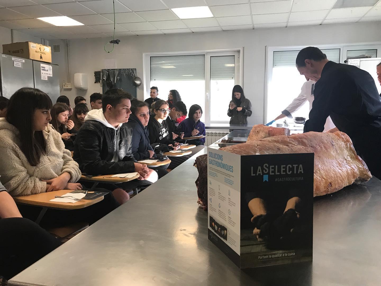 La Selecta participa a les jornades gastronòmiques de l'Escola d'Hostaleria d'Osona