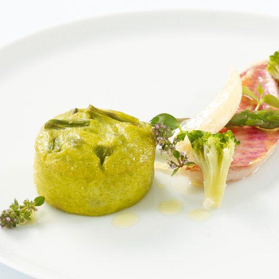 0824101 mousseline asperges et parmesan ambiance 2 550x550